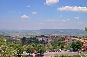 Italy2005_SanGimigiana_Hills1_96dpi.jpg