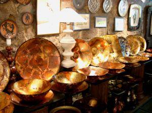 Italy2005_SanGimigiana_VaseShop2_96dpi.jpg