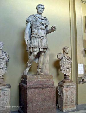 Italy2005_VaticanMuseum_0070_96dpi.jpg