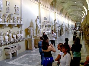 Italy2005_VaticanMuseum_0071_96dpi.jpg