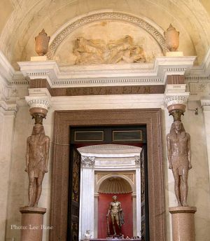 Italy2005_VaticanMuseum_0083_96dpi.jpg