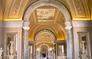 Italy2005_VaticanMuseum_0084_96dpi.jpg