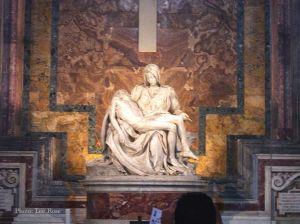 Italy2005_Vatican_Mary-soni_96dpi.jpg